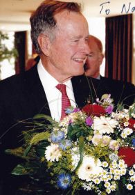 George-Bush-Senior-a.jpg